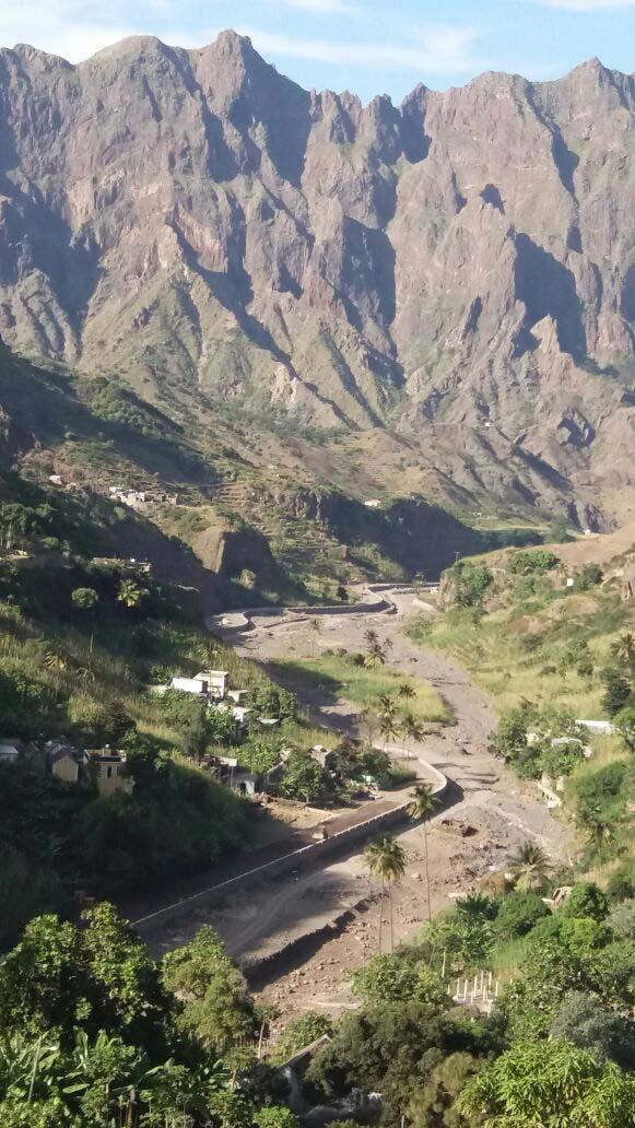 יום 3 - סנטו אנטאו; גני עדן קטנים בתוך הרי הגעש
