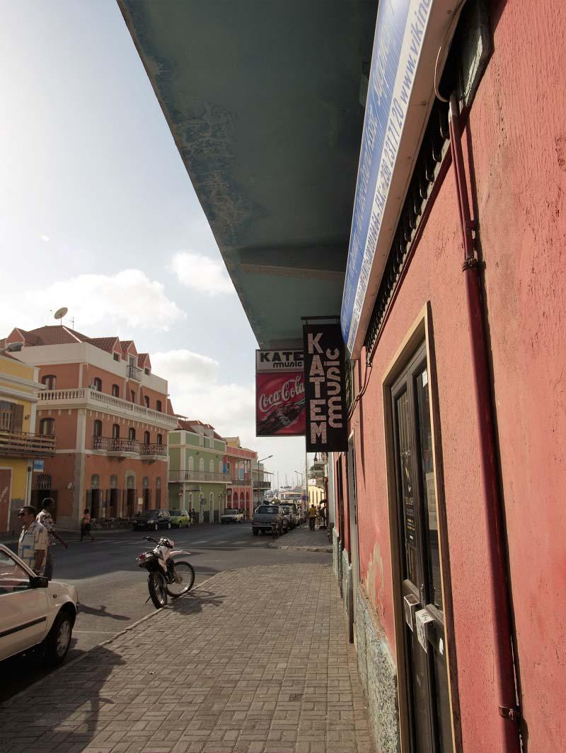 יום 2 - מפגש ראשון ובניחותא עם האיים.  מינדלו בסאו-ויסנטה.