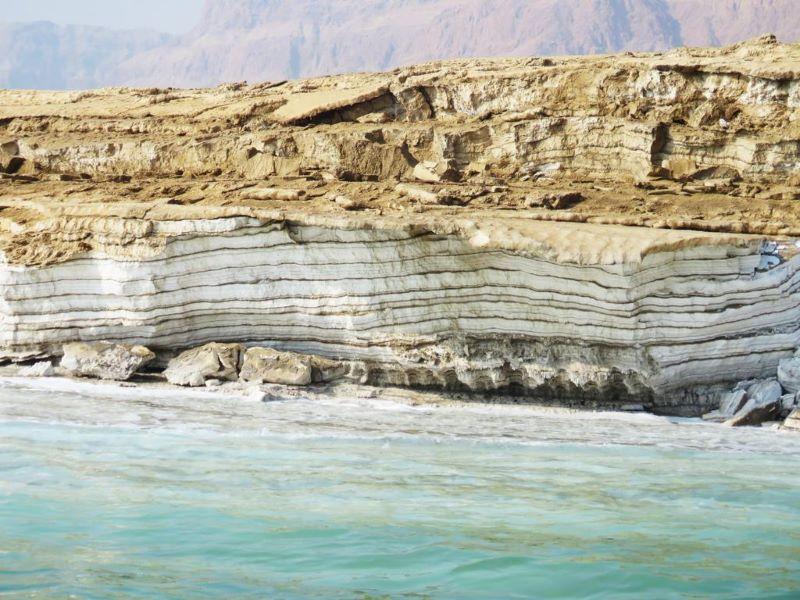 ים המלח - נמלים שמחזיקות רפת, סלע אנגלו-גרמני ושייט בעומק של צוללות טיול במכוניות פרטיות