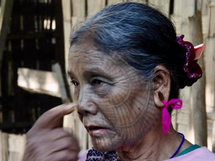 טיול לבורמה הבלתי מוכרת באזור נאגה לנד - לקרוא לרוחות בפסטיבל הנאגה, עם ציידי גולגלות, עם מקועקעים ועוד