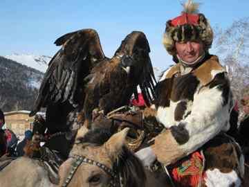 מונגוליה בלבן - עיט ושמאנים, פסטיבלים וספארי שלג