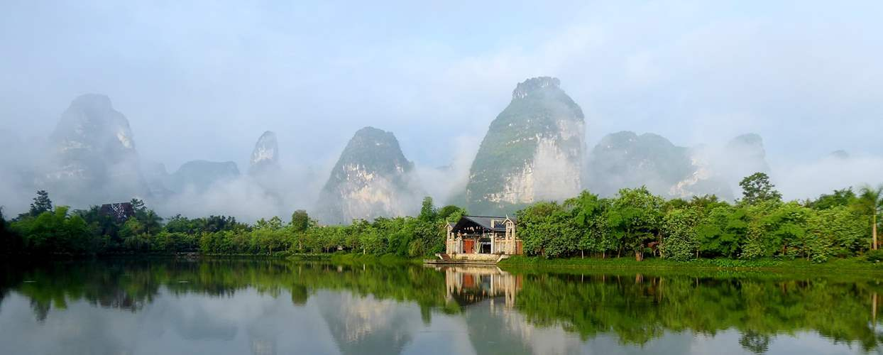 טיול מאורגן לוייטנאם וסין הבלתי מוכרות - בתוך ציור סיני